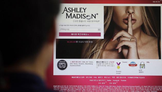 story ashley madison hacked