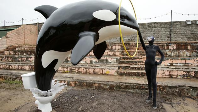 "Trostlos- statt Disneyland: Banksys ""Dismaland"" (Bild: AP)"