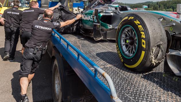 Auch Rosberg hatte im Training eine Reifen-Panne. (Bild: AP)