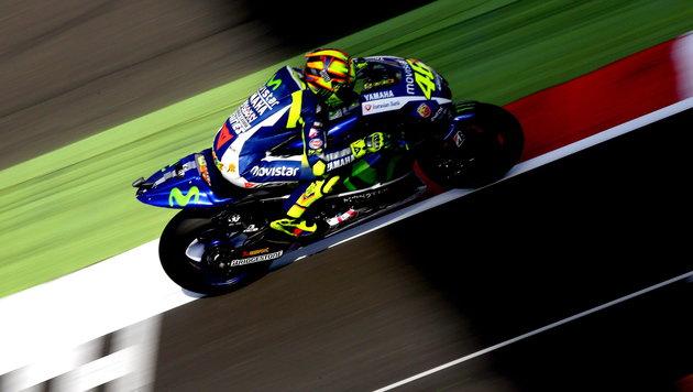 Rossi siegt in Silverstone und holt WM-Führung (Bild: APA/EPA/Tim Keeton)