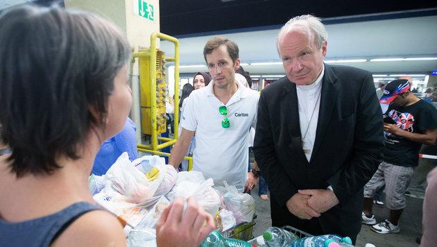 Schönborn: Diözese Wien nimmt 1000 Flüchtlinge auf (Bild: APA/GEORG HOCHMUTH)