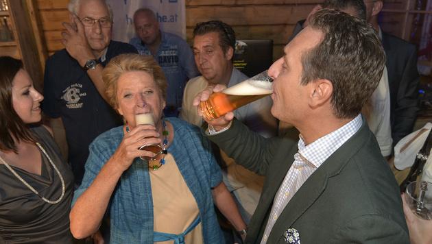"""Video: So klingt """"Immer wieder Österreich"""" (Bild: APA/HANS PUNZ)"""