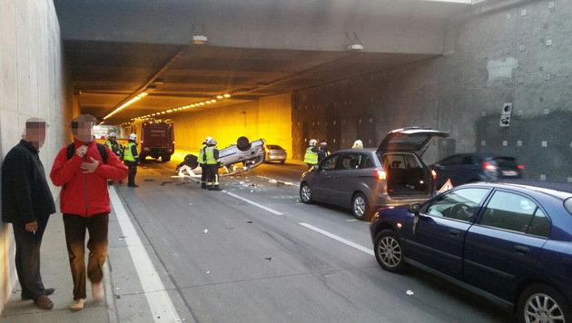 Ein Verletzter bei Kollision zweier Autos in Wien (Bild: MA 68 Lichtbildstelle)