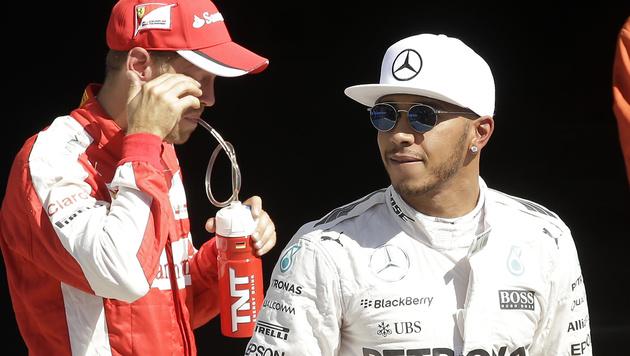 Pole! Hamilton entkommt pfeilschnellem Ferrari-Duo (Bild: AP)