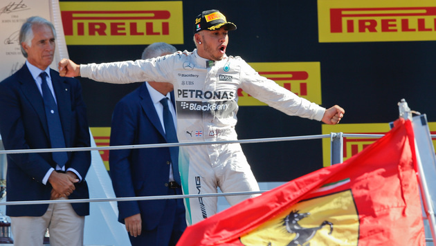 Hamilton darf jubeln! Sieg in Monza bestätigt (Bild: AP)