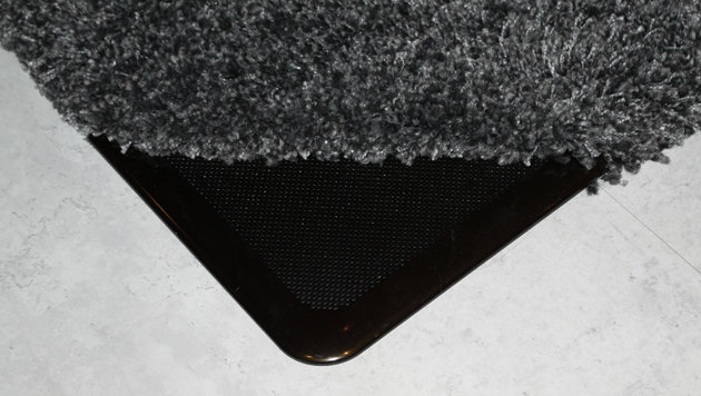 In Panasonics intelligentem Haus gibt es Lautsprecher unter dem Teppich. (Bild: Dominik Erlinger)