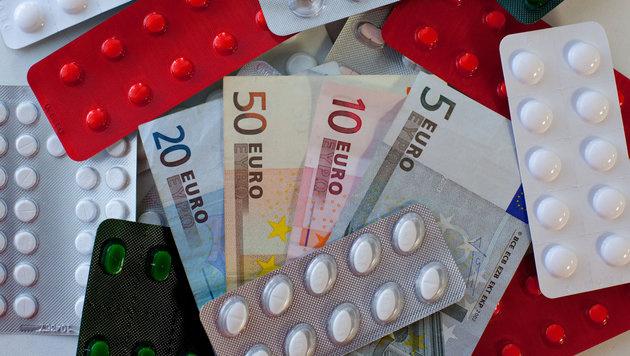 Preise für Medikamente schießen in die Höhe (Bild: dpa-Zentralbild/Patrick Pleul)