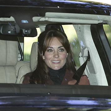 Herzogin Kate war beim Friseur. (Bild: www.splashnews.com)