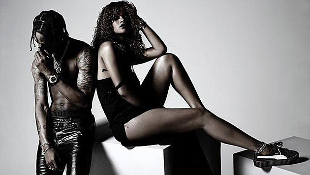 Rihanna modelt mit Travis Scott für Puma. (Bild: Puma)
