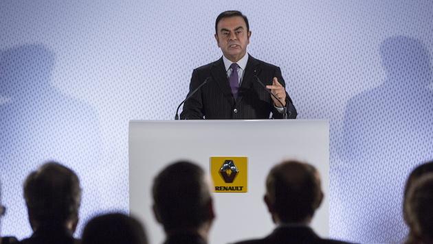 Carlos Ghosn (Bild: APA/EPA/IAN LANGSDON)
