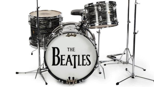 """Im Angebot: Das Schlagzeug von """"She Loves You"""". (Bild: AP)"""