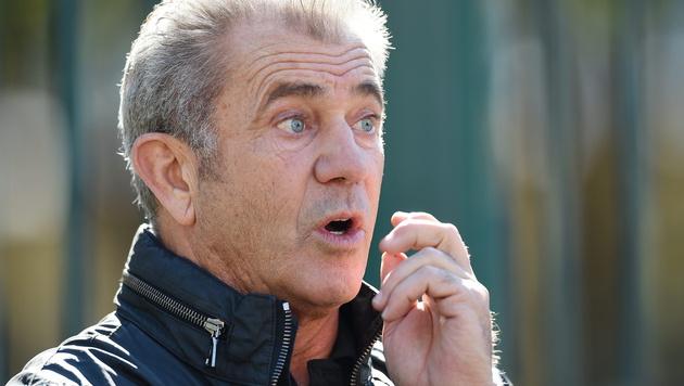 Mel Gibson hat schon acht Kinder, das neunte ist unterwegs. (Bild: APA/EPA/PAUL MILLER)