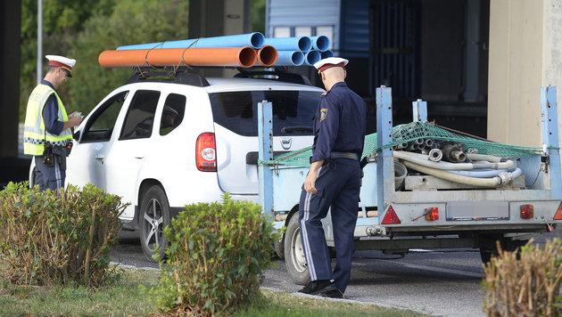 """Ab sofort Grenzkontrollen als """"Signal an die Welt"""" (Bild: APA/ROBERT JAEGER)"""