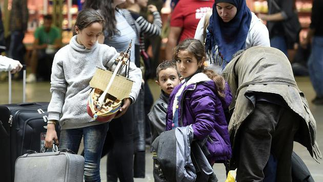 Flüchtlingskrise: Zustrom deutlich abgeebbt (Bild: APA/HELMUT FOHRINGER)