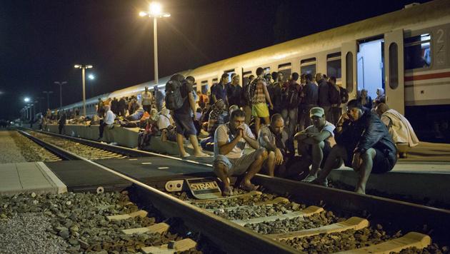 Flüchtlinge in Kroatien (Bild: AP)
