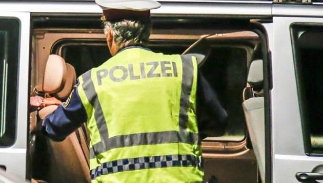 Alkolenker versuchte Polizisten umzufahren (Bild: Markus Tschepp (Symbolbild))