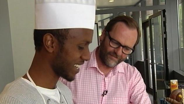 Sepp Schellhorn engagiert sich für Asylwerber. (Bild: ATV aktuell)