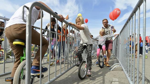 """""""Tag des Sports"""" lockte halbe Million Menschen an (Bild: APA/HERBERT NEUBAUER)"""
