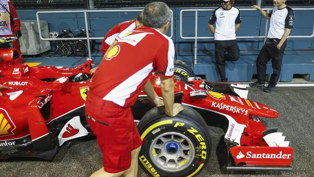 Red Bulls Motoren-Lösung: Erst Ferrari, dann VW (Bild: APA/EPA/DIEGO AZUBEL)