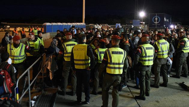 Die Regierung hat die steigende Zahl von Asylanträgen im Burgenland im Visier (Bild: APA/HERBERT P. OCZERET)