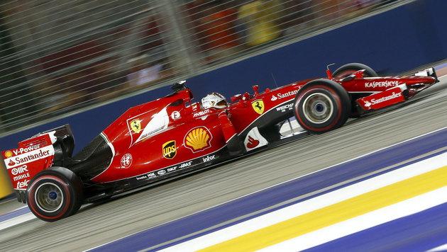 Ferrari-Ass Vettel siegt, Hamilton mit Defekt out (Bild: APA/EPA/DIEGO AZUBEL)
