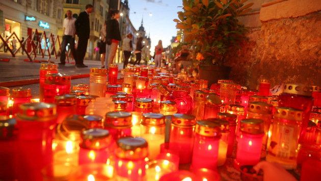 Graz gedenkt der Opfer des Amokfahrers Alen R. (Bild: Sepp Pail)