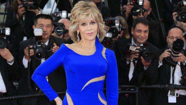 Jane Fondas Humor: Sie sei so alt, dass ihre Kinder nun sagen, wie sie sich benehmen soll. (Bild: Viennareport)