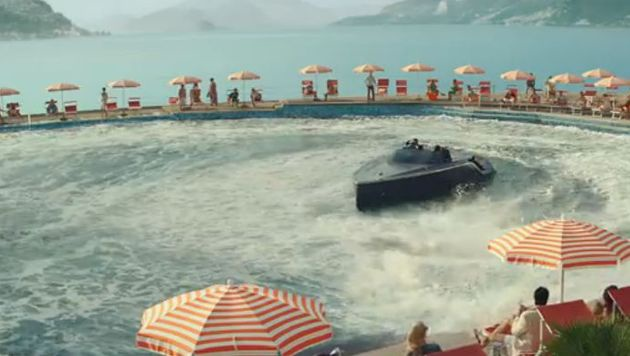 Die schnittigen Boote kann man um 152.000 Euro mieten. (Bild: YouTube.com)