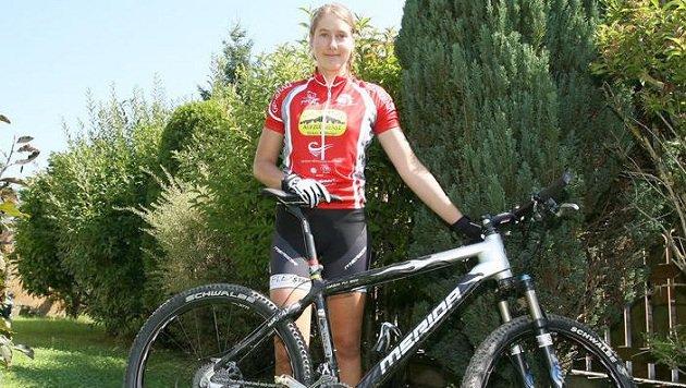 Mountainbike-Ass Lisa Mitterbauer muss nach ihrer ersten Elite-Saison um den Coach bangen. (Bild: Andreas Tröster)