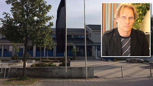 Auch Schuldirektor Klaus Nimmervoll trauert um die zwölfjährige Florentina. (Bild: Christoph Gantner)