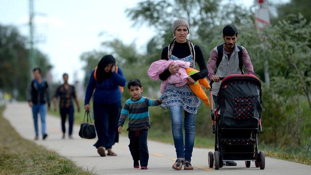 Zuwanderung ist größte Sorge der Österreicher (Bild: APA/ROLAND SCHLAGER)