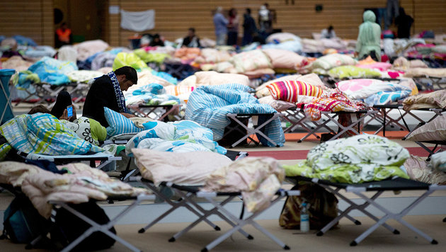 Asylkosten haben sich seit 2014 verdoppelt (Bild: APA/dpa/Kay Nietfeld)