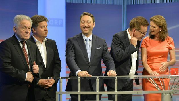 Die Spitzenkandidaten der Parteien vor der TV-Diskussion (Bild: APA/HERBERT NEUBAUER)