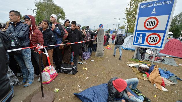 Sonderzüge nach Deutschland fahren weiterhin (Bild: APA/BARBARA GINDL)