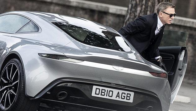 Daniel Craig als Geheimagent James Bond - der freilich für den Auslandsgeheimdienst MI6 tätig ist (Bild: APA/EPA/ANGELO CARCONI)