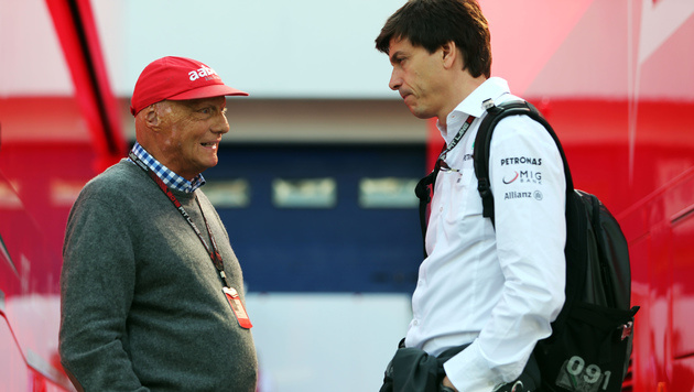 Niki Lauda (links) mit Toto Wolff (Bild: GEPA)
