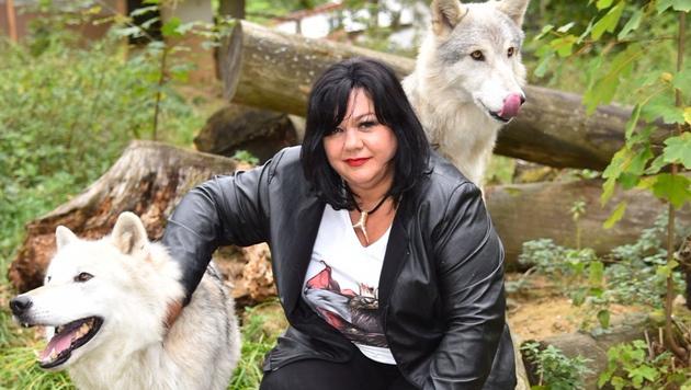 Die Profilerin: Patricia Staniek lernt Managern dank  Wolfs-Rudel Emotionen zu deuten. (Bild: Andreas Tischler)