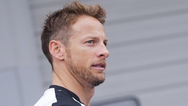 Jenson Button fährt auch 2016 für McLaren (Bild: APA/EPA/DIEGO AZUBEL)