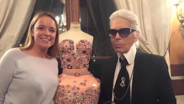 """Shootingstar Hoermanseder zeigte """"King Karl"""" beim """"Berliner Mode Salon"""" ihre neuesten Kreationen. (Bild: Marina Hoermanseder)"""