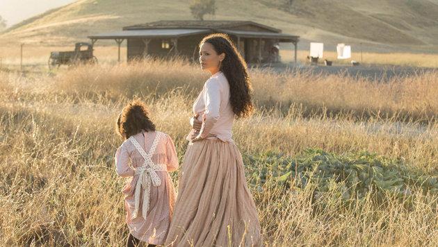 """Hollywood-Star Thandie Newton in einer Szene der neuen HBO-Serie """"Westworld"""". (Bild: Viennareport)"""