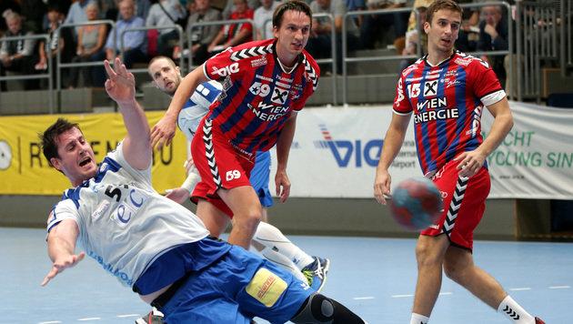 Handball: Fivers behalten ihre weiße Weste (Bild: GEPA)