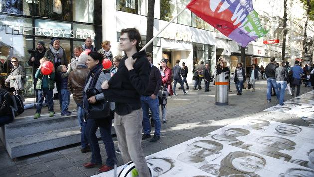 Zehntausende bei Flüchtlings-Demo in Wien (Bild: Reinhard Holl)