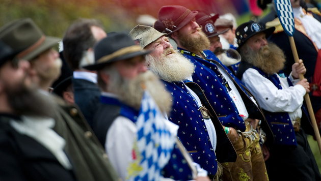 US-Bartträger räumen bei WM in Salzburg ab (Bild: APA/ANGELIKA WARMUTH)