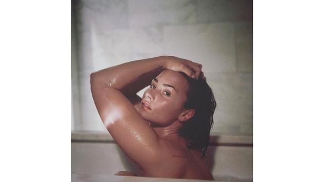 """Demi Lovato zeigt sich nackt und unretuschiert in der """"Vanity Fair"""". (Bild: instagram.com/ddlovato)"""