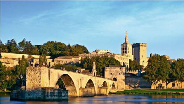 Die berühmte Brücke von Avignon. (Bild: Fotolia)