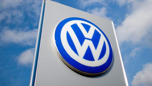 VW: Robo-Autos sind Impuls für die ganze Branche (Bild: APA/EPA/JULIANSTRATENSCHULTE)