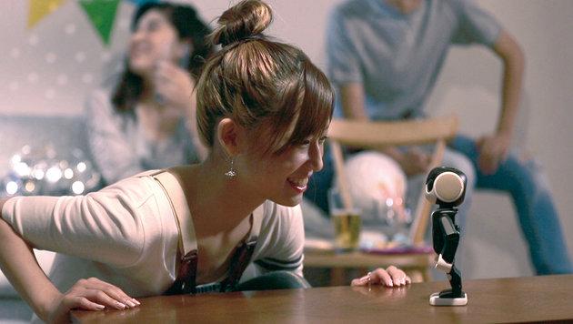 Dieser Roboter ist das wohl süßeste Handy der Welt (Bild: Sharp)