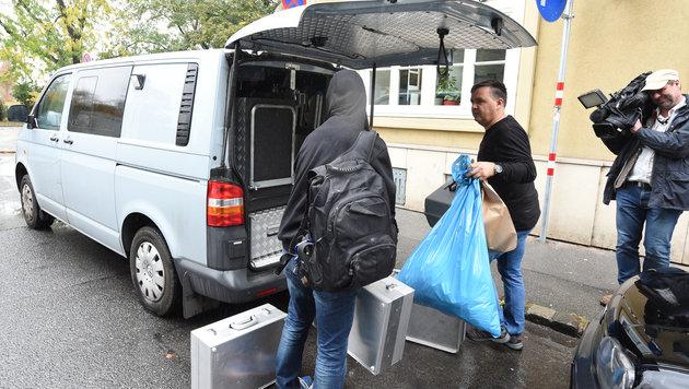 Streit in Wien eskaliert: 35-Jährige erwürgt (Bild: APA/HERBERT P. OCZERET)