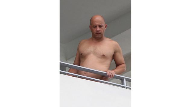 Vin Diesel mit Wohlstandsbäuchlein (Bild: splash news)