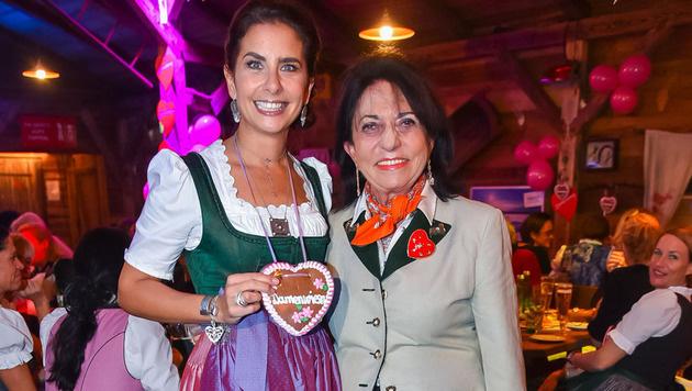 Sonja Kato-Mailath-Pokorny mit Damenwiesn-Erfinderin Regine Sixt. (Bild: Andreas Tischler)